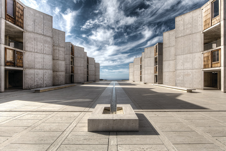 Salk Institute Black & White