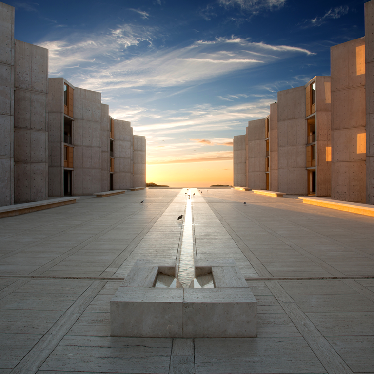 Salk-Courtyard-Sunset-767-panel
